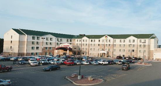 Prairie's Edge Casino Hotel Exterior