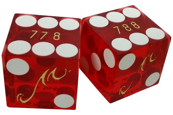 mandalay-dice-pair